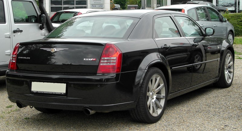 Chrysler 300C SRT8 6.1 rear