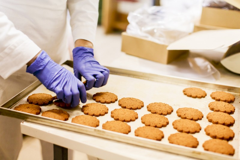 Cookie production in a factory
